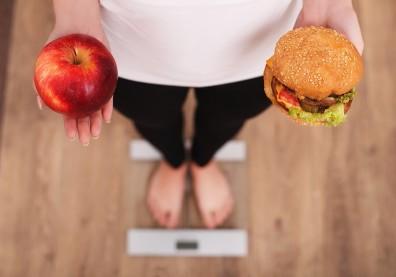 單靠運動減肥,錯了!少吃加工品+創造熱量缺口才是根本手段