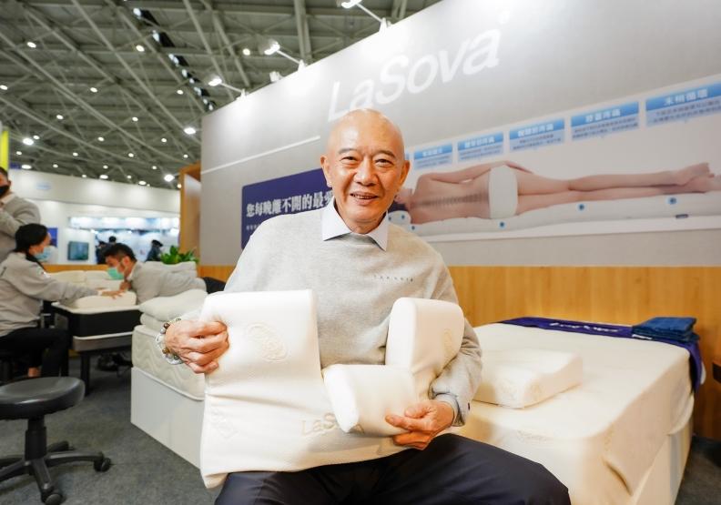 70歲 KOL勇闖創業路!何湯雄分享「完整的健康睡眠計畫」