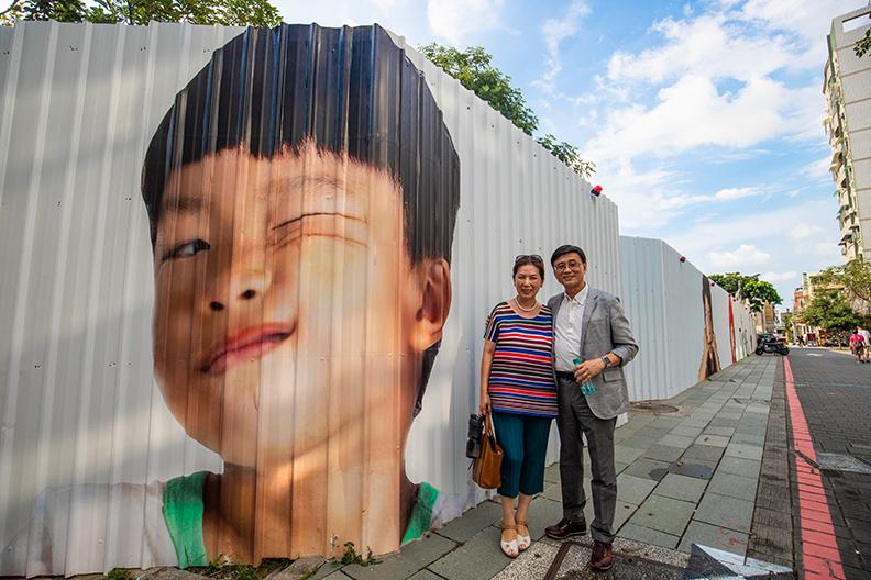 地方創生不是年輕人的專利,陳百棟與太太每周往返台北與台南,實踐兩地生活、兩地工作,擴大貢獻的範圍,人生更有意義。