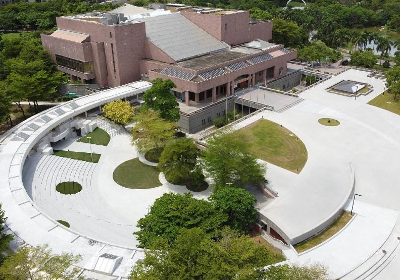 讓人想來約會!成立26年的高雄美術館,如何在李玉玲手下重生?