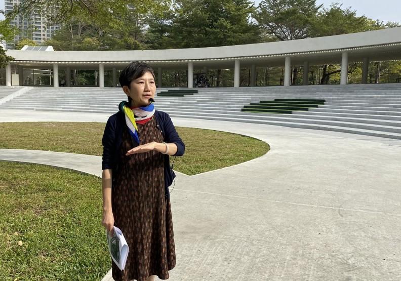 高雄市立美術館館長李玉玲,近幾年致力於改造美術館的園區空間。