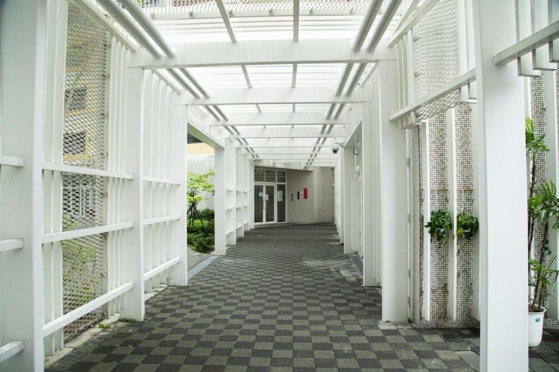 打開台北景點之一的「萬華青年社會住宅」。