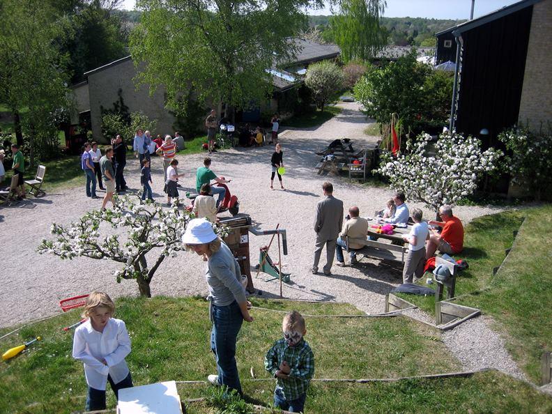丹麥的「楚德之林」(Trudeslund),被公認為是世界第一個合作住宅。