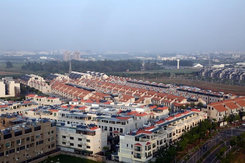 台灣房地市場相對熱絡,但是否也會因此錯過了數位轉型時機?