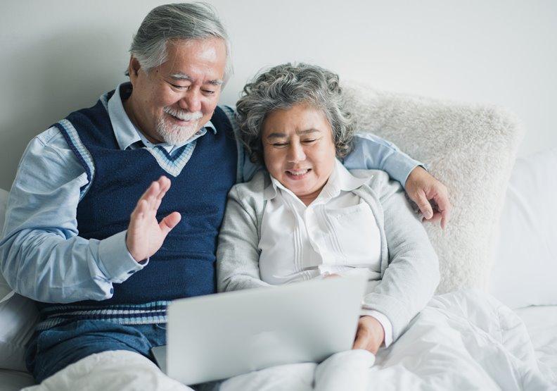 科技排解老年人寂寞!其實遠距離不比近距離更糟