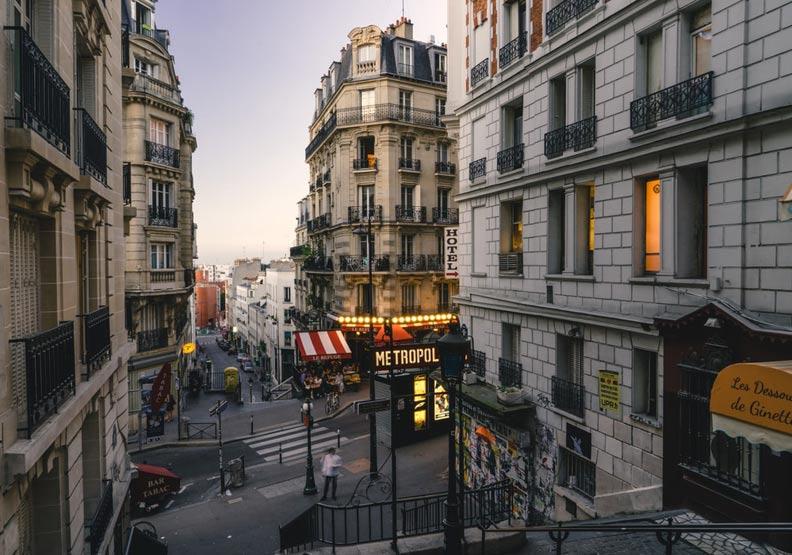 「關鍵的一週,政治人物必須做決定」歐洲疫情不止…法國專家示警恐第3度封城