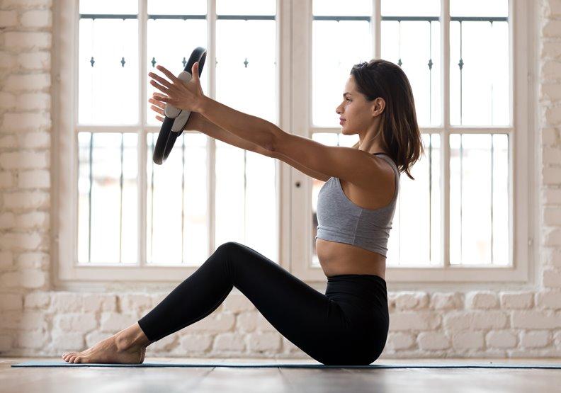 健身環好玩卻訓練不當、姿勢不良!40歲以上小心肩旋轉肌斷裂