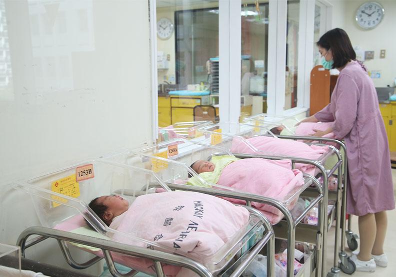 台灣去年12月出生嬰兒,高出全年平均約4000人,這批嬰兒是疫情初期受孕的,僅為情境配圖。遠見蘇義傑攝影
