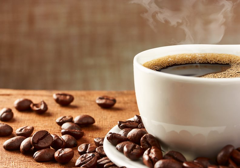 咖啡能改善氣喘過敏? 小心攝取過多咖啡因,引起心律不整