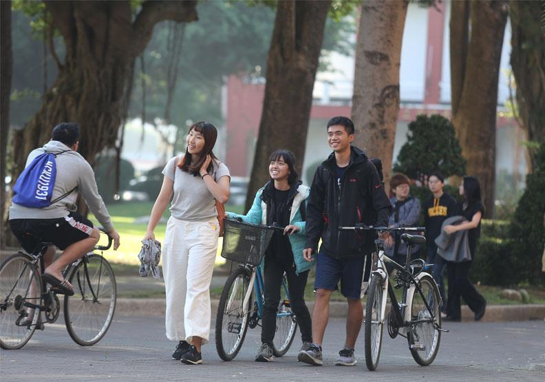 在海外人才培訓方面,大學可以扮演更積極的角色。僅為情境圖,遠見張智傑攝