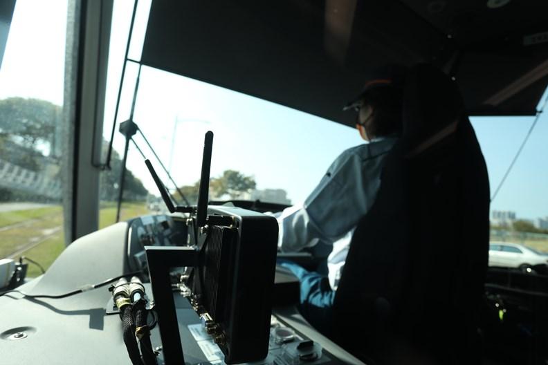 透過科技,替輕軌駕駛爭取到額外的緩衝時間。