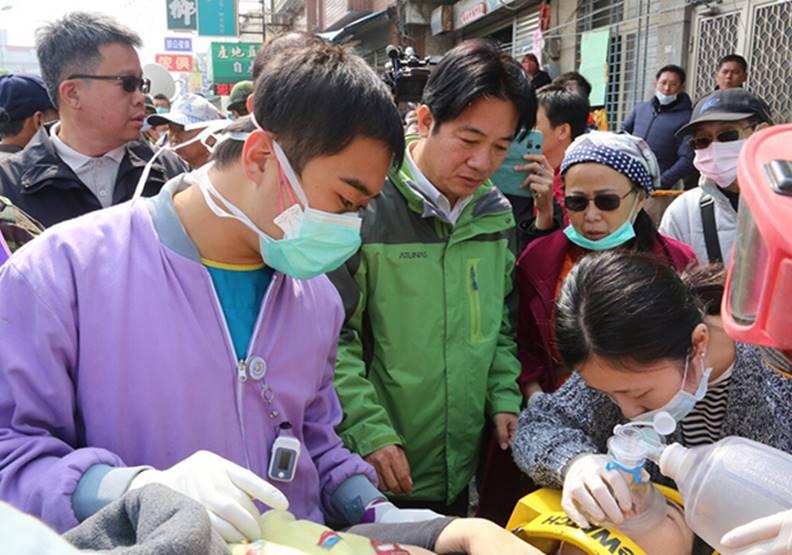 賴清德不僅在台南救災時親力親為,早在2010年便決定投入防災。台南市府資料照