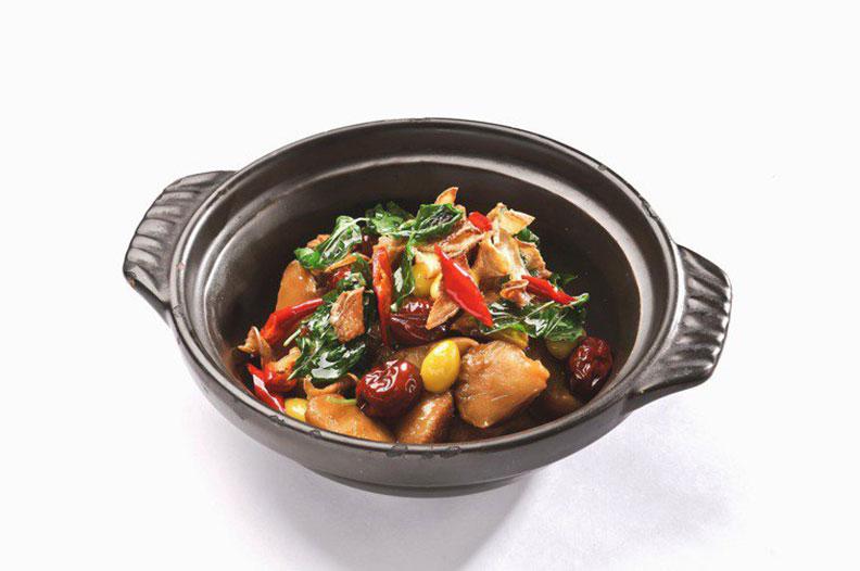 醬燒塔香猴王菇。聯安健康廚房提供