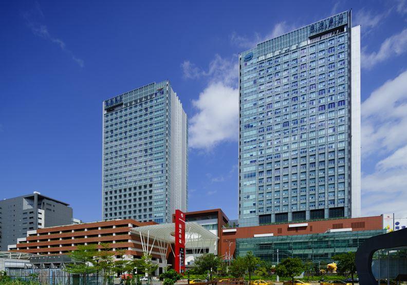 南港站新大樓外景,潤泰國際提供。