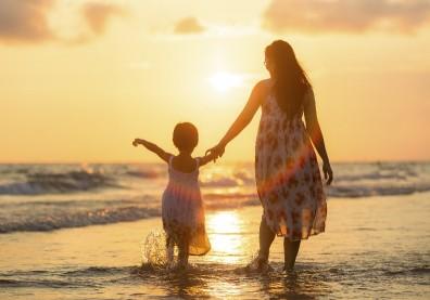 別再說要不是為了你……對孩子最大的「負責」,是成為快樂的自己