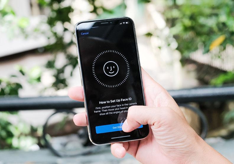 口罩障礙難突破,iPhone 13 極有可能回歸指紋辨識?