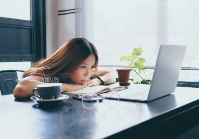 孤獨世紀來臨!開放式辦公室反而增加同事間疏離感?