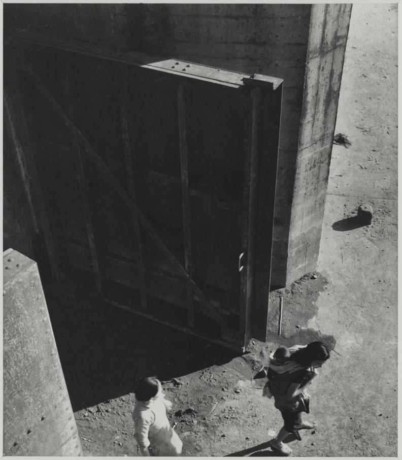 李鳴鵰,〈淡水河口〉。國家攝影文化中心提供