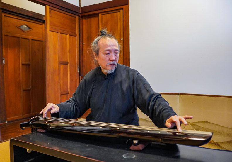 臺北琴道館館長袁中平,台北市文化局提供。