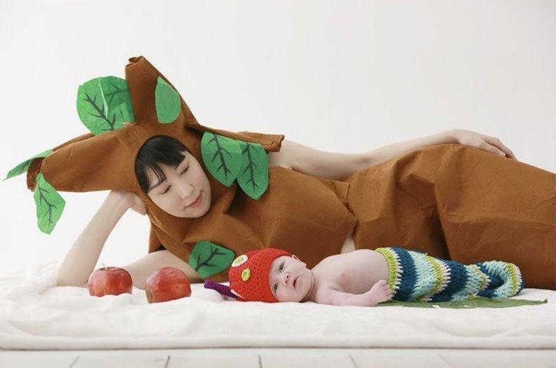 41歲日本女星藤田小百合去年生下混血兒子後,繼續在韓國演藝圈發展。最近確定加入韓國人氣親子真人秀「超人回來了」,更成為炙手可熱的話題。圖片來自IG@sayuriakon13