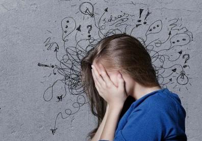 我該擔心自己想太多嗎?打破焦慮、恐懼循環,面對腦中小劇場這樣做…