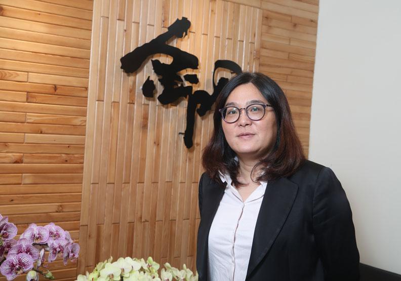 對於外界常給予在外表上的批評,陳玉珍直率地說她向來都不介意,但無法容忍太超過的負面言論。