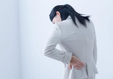 腰痛一定是腎虛嗎?釐清三大可能原因中哪一種,對症治療才能改善