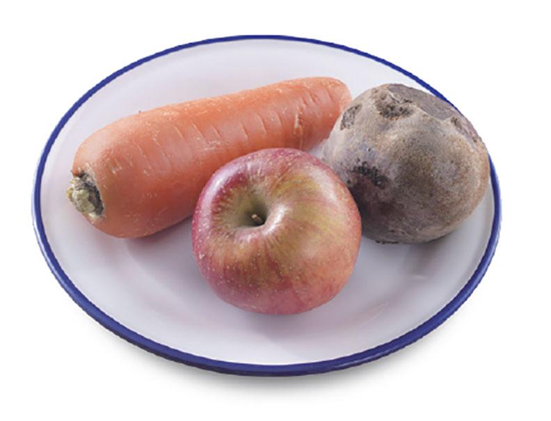 ABC果汁材料有,蘋果、甜菜根、紅蘿蔔。采實文化提供