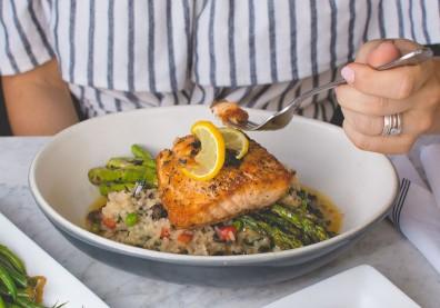 晚餐太晚吃,小心埋下糖尿病隱憂!防血糖飆升這時間前吃完最好