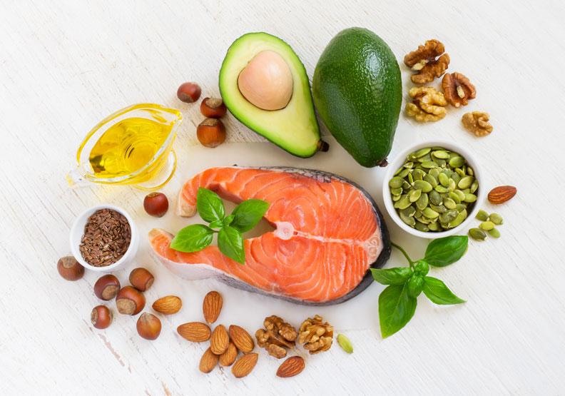 吃對有助膝關節修復!盤點食物界的抗發炎超級巨星