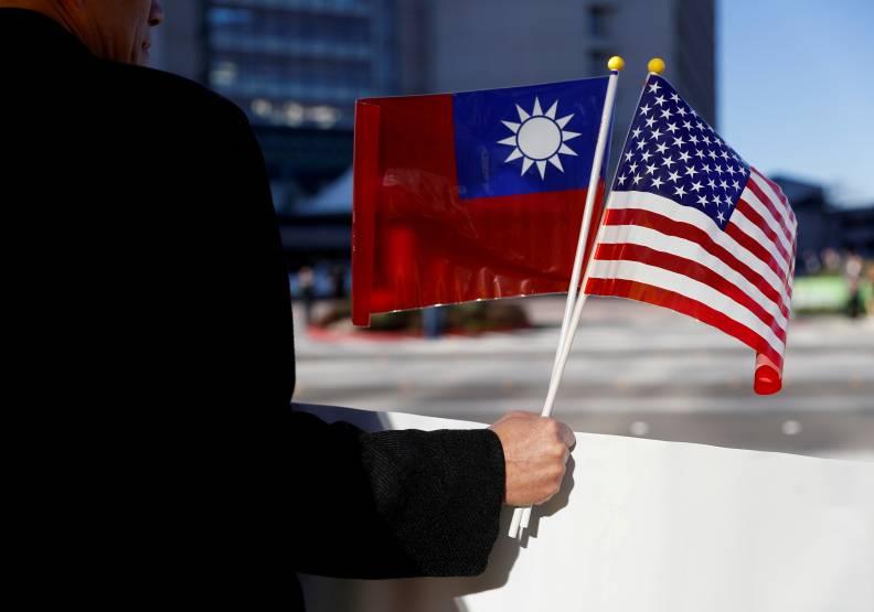 川普從來沒有表示「不支持台灣獨立」,而拜登上任才半年,便迫不及待表明立場。圖片來自達志影像