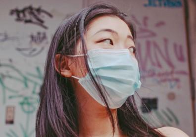 口罩戴太久喘不過氣?一招改變呼吸方式,順便調整自律神經