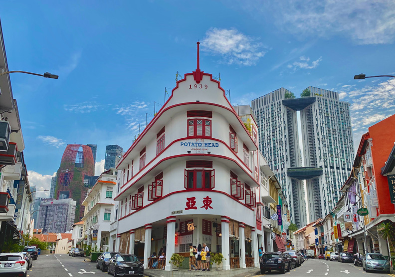 在新加坡只要有穩定工作,買房非難事,Unsplash by David Kubovsky。