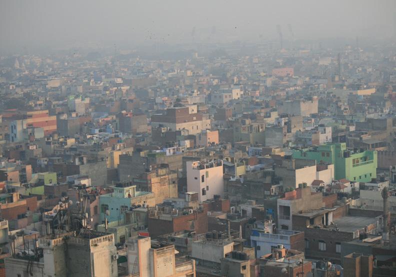 為何印度疫情完全失控?科學家早預見:長期空汙是肇因