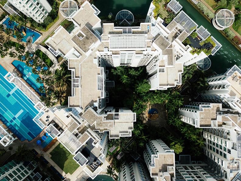 空屋率太高,寧願空屋也不願出租使用,才會形成「供不應求」,造成高房價。圖片來自unsplash