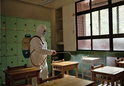 不斷更新/圍堵疫情再升級!全台學校停課資訊總整理