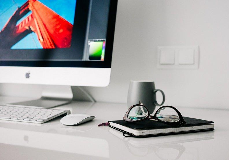 保持明確的工作時間。pixabay