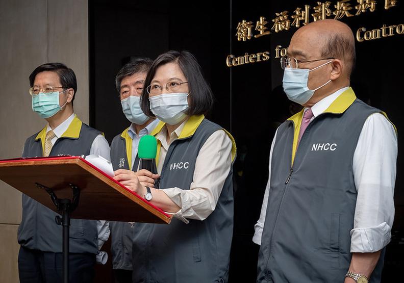 疫情爆發以來,民眾對蔡英文總統和行政院長蘇貞昌的滿意度大幅下滑。圖片來自總統府官網