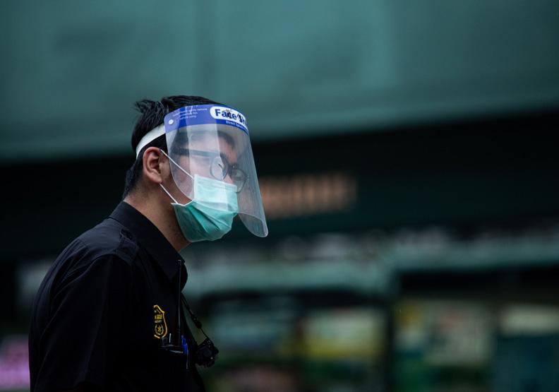 亞東醫院也出現院內感染,池孟諭攝影。