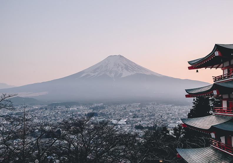 「這是我人生中最幸福的日子。」21年前認識的日本好友,現在成為我女兒的「第二媽媽」