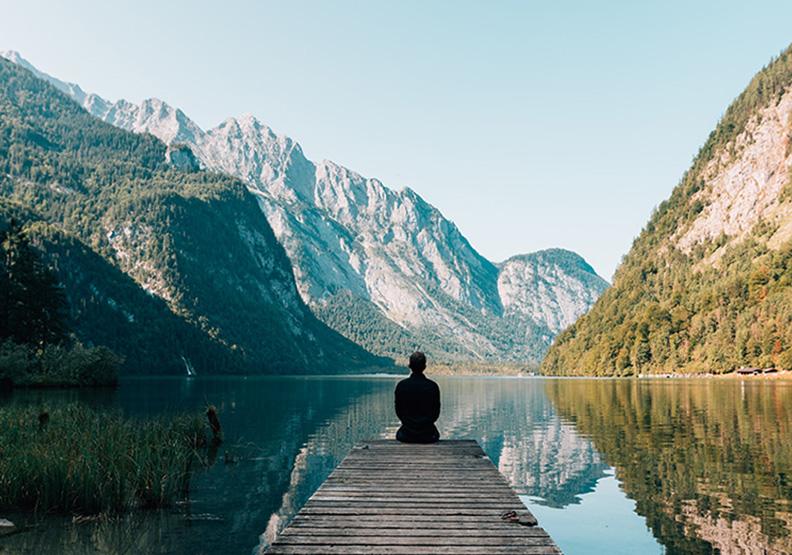 如何讓自己保有顛峰心態?帶有「平靜的意志力」最能增進幸福與成長