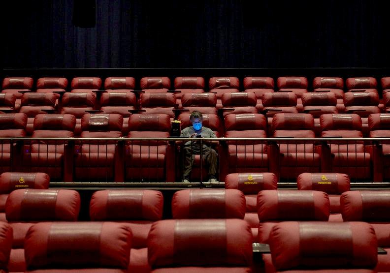 真的好想看電影!盤點那些國外已經上映,台灣卻遙遙無期的作品