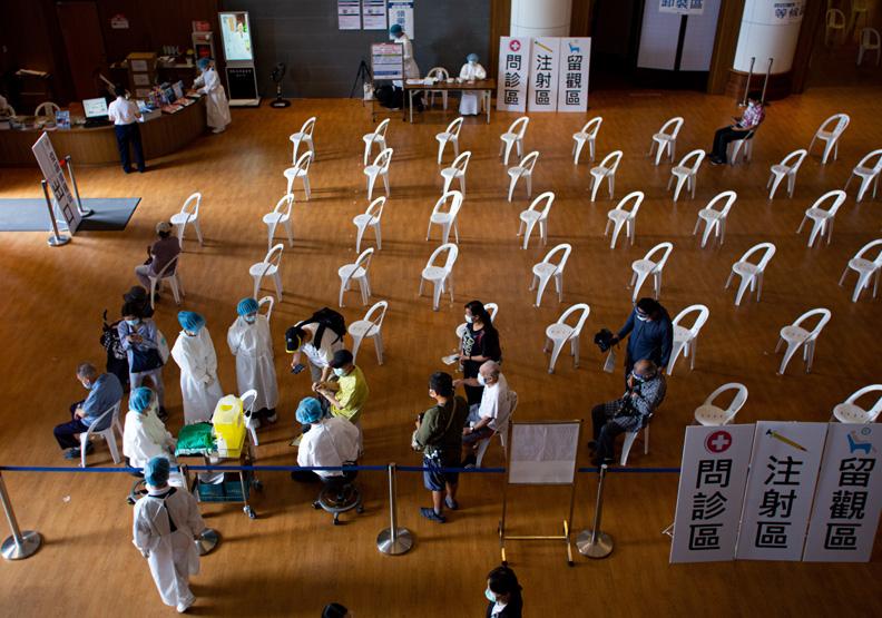 分區解封有望?分析台灣疫苗施打率,8月才安全!