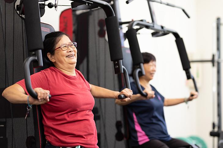不老健身房營造的環境與氛圍,讓長者愈活愈健康,強健體魄之餘也能豐富社交生活。