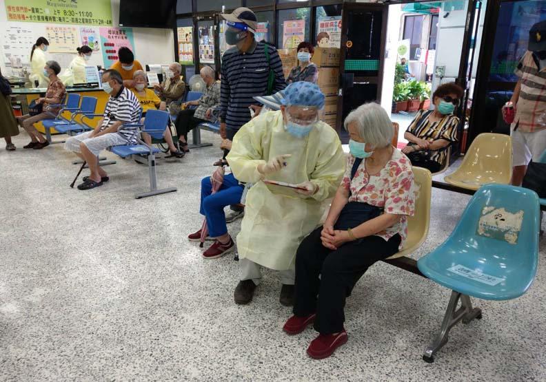 第一線人員希望民眾多點體諒,台南市東區衛生所提供。