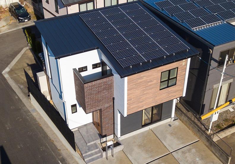 20年電費全免?日本太陽能業者推零耗能住宅方案!