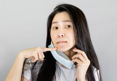 口罩戴整天,釀皮膚紅癢、過敏?營養師分享「敏感肌」飲食對策助改善