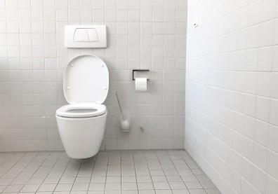 公廁恐成感染源?除了馬桶沖水噴濺,專家曝廁所這2處更要注意