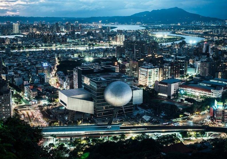 台北表演藝術中心如何從「爛尾樓」,成十年磨一劍的全新地標?
