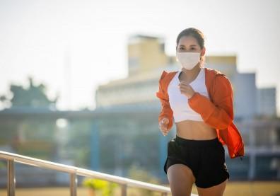 降級不降警!戶外戴口罩運動可行嗎?國健署提醒5大重點